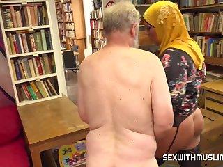 Aisha Bahadur Bookstore Owner Fucks A Happy Muslim 720p