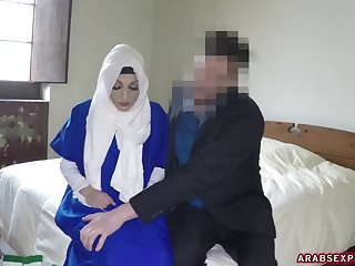 My Scumbag Boss Fucks Lonely Desperate Arab Woman
