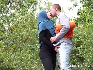 Sexwithm Lara Fox Muslim Girl Sees The Sights And More
